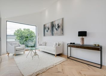 2 bed maisonette for sale in Hubert Grove, Villiers Mews, London SW9