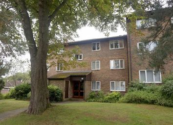 Thumbnail 2 bed flat to rent in Stamford Drive, Bromley