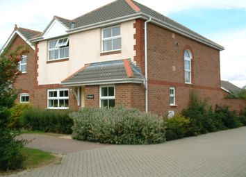 Thumbnail 4 bed shared accommodation to rent in Victoria Road, Hayling Island