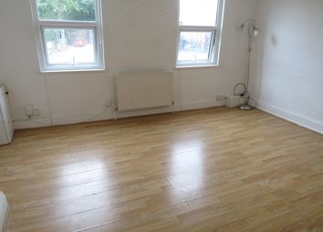 Thumbnail 2 bed flat to rent in London Road, Ditton, Aylesford