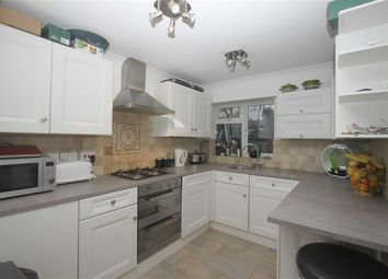 Thumbnail 1 bed property to rent in Stanley Road, Southend On Sea, Essex