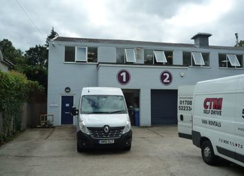 Thumbnail Warehouse to let in Unit 1 Avondale Business Centre, Avondale Road, Fleet