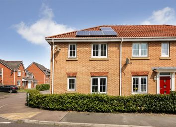 Thumbnail 3 bed town house for sale in Horse Chestnut Close, Chesterfield