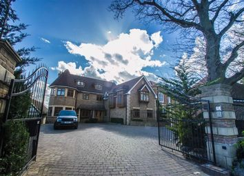 Thumbnail 6 bedroom detached house for sale in Baas Hill, Broxbourne, Hertfordshire