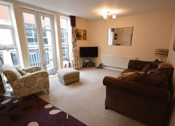Thumbnail 1 bed flat to rent in Post Office Lane, Beaconsfield