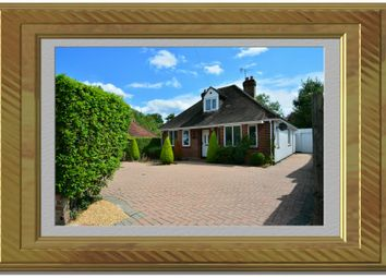 Thumbnail 3 bed detached house for sale in Old Amersham Road, Gerrards Cross