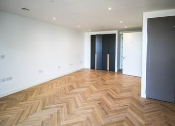 Thumbnail Studio to rent in Two Fifty One, Elephant & Castle, London