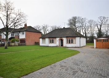 3 bed bungalow to rent in Reading Road, Woodley RG5