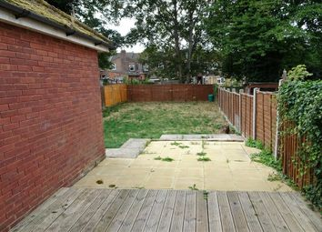 Thumbnail Room to rent in Brantwood Road, Luton