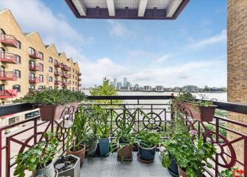 Thumbnail 1 bed flat for sale in Trafalgar Court, Wapping Wall, London
