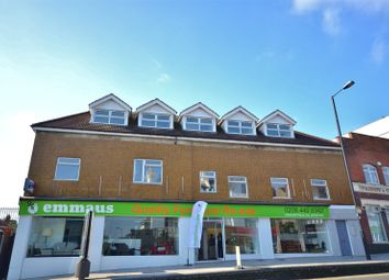 1 bed flat to rent in High Street, High Barnet EN5