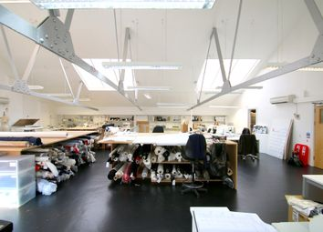 Thumbnail Office to let in Unit 7 7/8 Imperial Studios, 3/11 Imperial Road, Fulham, London