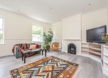 3 bed flat for sale in Avenue Gardens, London W3