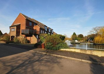 Thumbnail 4 bed duplex to rent in Temple Mill Island, Marlow