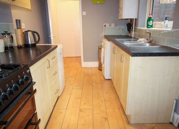 2 bed flat for sale in Station Road, Gosforth, Newcastle Upon Tyne NE3
