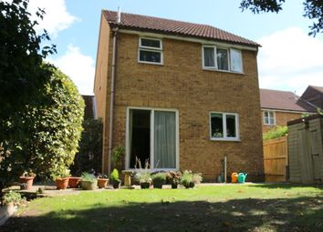 Thumbnail 3 bed link-detached house for sale in Viscount Gardens, Byfleet, West Byfleet, Surrey