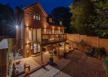 Common Lane, Binfield Heath, Henley-On-Thames RG9. 5 bed detached house for sale