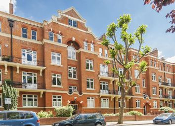 Thumbnail 3 bedroom flat to rent in Grantully Road, London