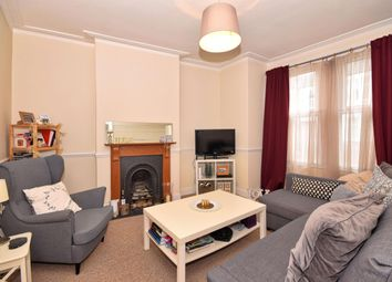 Thumbnail 2 bed flat to rent in Woodbury Street, London