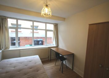 Thumbnail 5 bed semi-detached house to rent in Oaklea Passage, Kingston Upon Thames