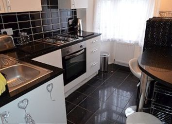 Thumbnail 1 bed flat to rent in Hillside Avenue, Cheshunt, Waltham Cross