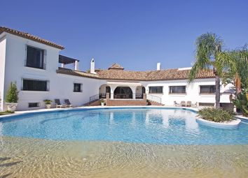 Thumbnail 6 bed detached house for sale in El Paraiso Medio, Estepona, Málaga, Andalusia, Spain