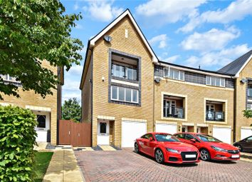 4 bed end terrace house for sale in Chapel Drive, Victoria Park, Dartford, Kent DA2
