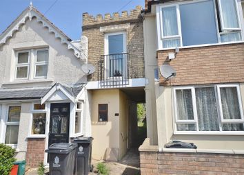 1 bed flat for sale in Castle Road, Clacton-On-Sea CO15