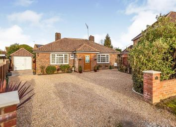3 bed bungalow for sale in Horsham, West Sussex, UK RH12