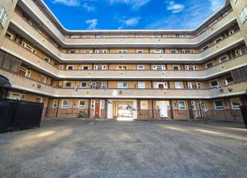 Thumbnail 4 bed flat for sale in Collingwood House, Darling Row, Whitechapel
