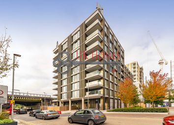 Thumbnail 2 bedroom flat for sale in Huntington House, Prince Of Wales Drive, Battersea, London