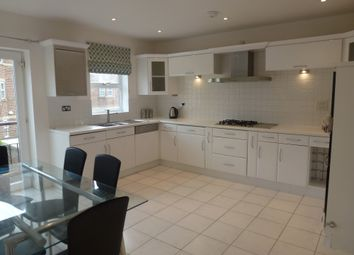 Thumbnail 4 bed town house to rent in Thornbury Avenue, Far Headingley, Leeds, West Yorkshire