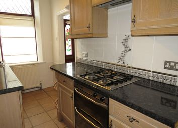 Thumbnail 3 bed property to rent in Gladstone View, Halifax