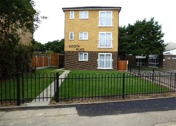 Thumbnail 1 bed flat to rent in Fauners, Basildon