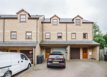 Thumbnail 3 bed town house for sale in Alkincoats Road, Colne