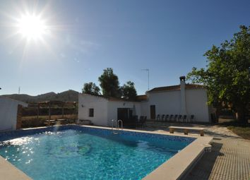 Thumbnail 3 bed villa for sale in 03610 Petrer, Alicante, Spain