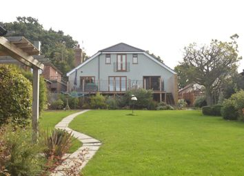 Thumbnail 6 bed detached house to rent in Hammersley Lane, Penn