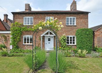 Thumbnail 3 bedroom detached house to rent in Church Street, Birlingham, Pershore