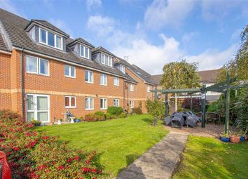 1 bed flat for sale in Bagshot Court, Bletchley, Milton Keynes, Bucks MK2