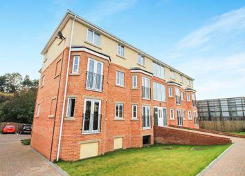 Thumbnail 2 bedroom flat to rent in Stanningley Road, Bramley, Leeds