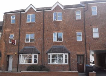 Thumbnail 1 bed flat to rent in Cambridge Street, Rugby