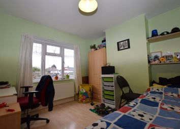 Thumbnail 3 bed detached house for sale in Rushden Gardens, Ilford