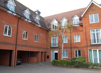 2 bed flat to rent in Bluecoat Court, Hertford SG14