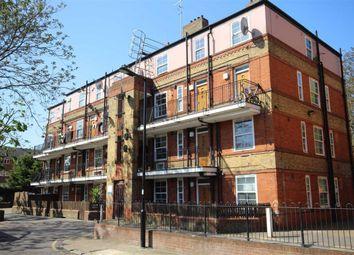 3 bed flat to rent in Vauban Estate, London SE16