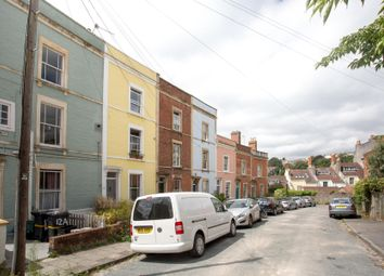 Thumbnail 2 bed flat for sale in Ambra Vale West, Clifton, Bristol