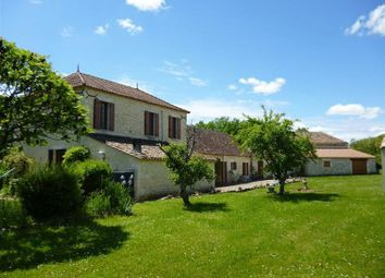 Thumbnail 5 bed property for sale in Near Duras, Lot-Et-Garonne, Aquitaine