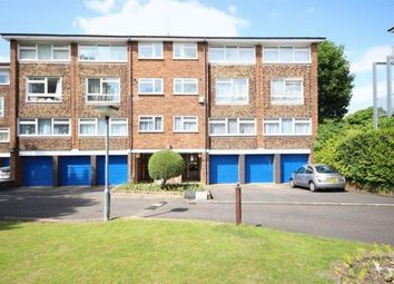 2 bed maisonette to rent in Cheam Road, Sutton SM1