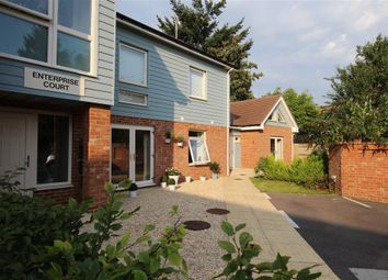 Enterprise Court, Pangbourne, Reading RG8. 2 bed flat
