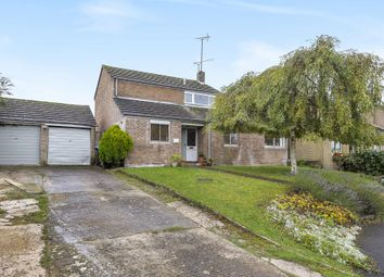 3 bed link-detached house for sale in Woodfield Drive, Charlbury, Chipping Norton OX7