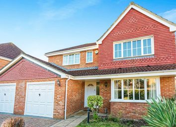 Thumbnail 4 bedroom detached house for sale in Gleneagles Close, Beggarwood, Basingstoke